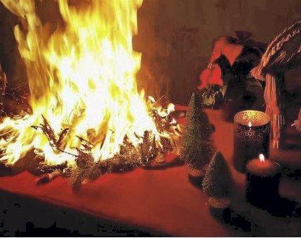 Farlig julemåned: Statistisk vil det skje branner i jula. Pass på så det ikke blir hos deg. Foto: Tryg Forsikring