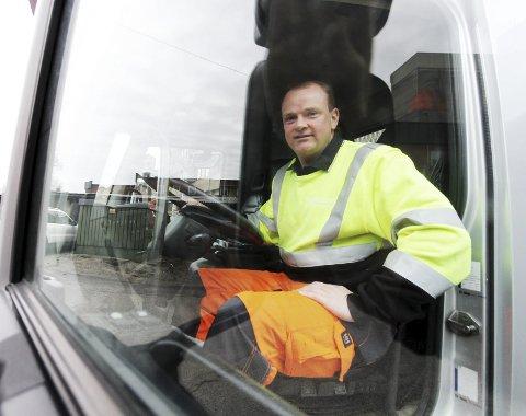 GLAD FOR STØTTEN: Daglig leder i Rakkestad Containerservice AS, Ole-Johnny Isebakke.