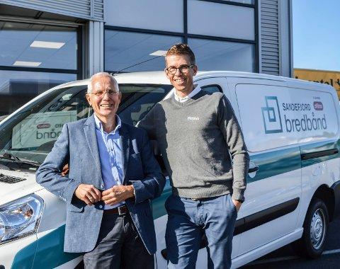 BEST I NORGE: Altibox har for niende år på rad Norges mest fornøyde kunder. Det betyr at selskaper som Sandefjord Bredbånd, som leverer deres tjenester, også har det. Her er daglig leder Knut Aadne og salgs- og markedssjef Claus Fevang.