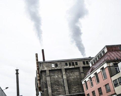 FJERNVARME: Thermokraft har fyra jevnt og trutt de siste åra, og gått med underskudd hvert eneste av de siste 10, tilsammen 29 millioner kroner. Men flertallet i Notodden kommunestyre sier nei til å la Notodden Energi selge den tapsbringende datterbedriften sin.