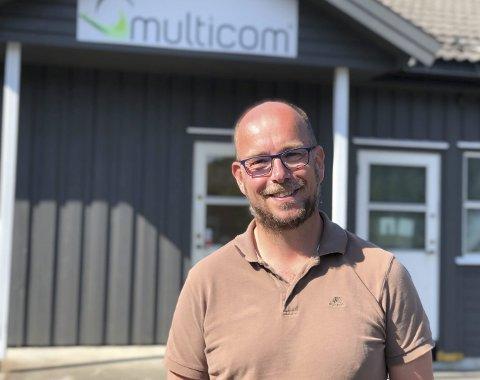 Driftssjef og personalleder i Multicom, Jørn Aarak, jakter for tiden på ny butikksjef, men for han og daglig leder Tron Atle Løvig er det viktig å bruke god tid på prosessen.