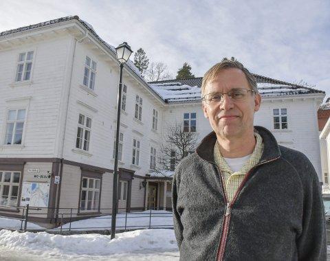 Kommuneoverlege Hans Tomter har sagt opp. Arkivfoto