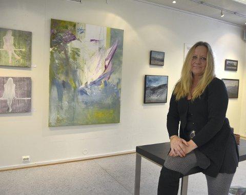 Nye bilder: Hilde Synnøve Husevold stiller ut 26 bilder i Galleri Perrongen.