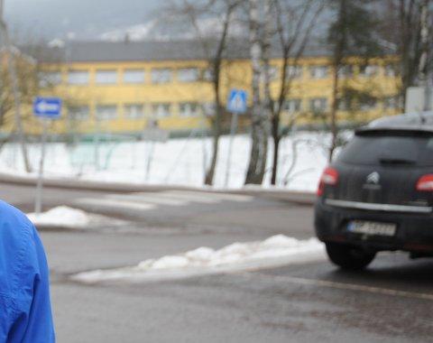 HER: Episoden skjedde ved p-plassen til Slattum skole. (Illustrasjonsfoto / arkiv).
