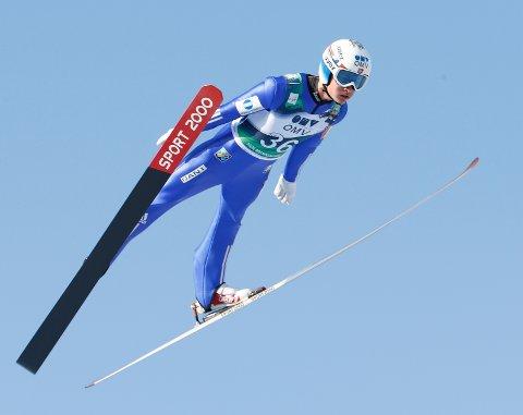 Phillip Sjøen ble nummer 16 sammenlangt i Summer Grand Prix, og er fornøyd med det. Bildet er fra hopprennet i verdenscupen i Holmenkollen, mars 2015.