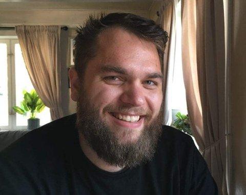 TRAVLE DAGER: Nygifte Einar Nørbech (26) sitt drømmeyrke som barn var soldat. Han tok nettopp fagbrev i barne- og ungdomsarbeid, og fikk jobb med en gang.