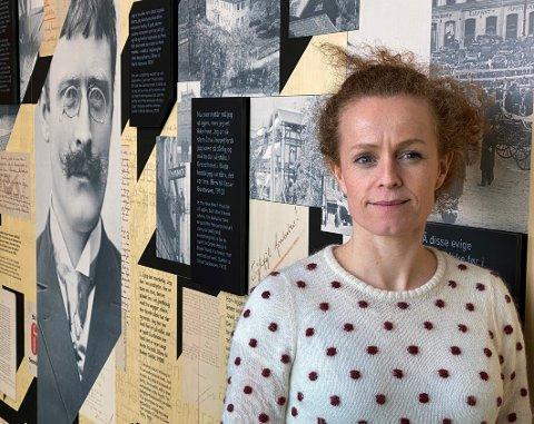 Opplevelser: - Det er viktig for Hamsunsenteret å styrke den litterære opplevelsen for besøkende, sier Solveig Hirsch, prosjektleder for arbeidet med å skifte ut deler av utstillingene på senteret.