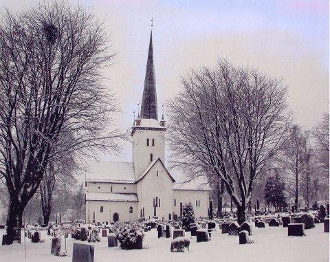 JULEMORGEN: Også i år starter julaften i Ringsaker kirke tidlig på morgenen 24. desember.