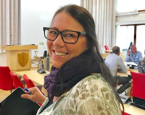 FORNØYD: May Birgit Kjeverud er fornøyd med at to personer har søkt rektorjobb i Lunner.