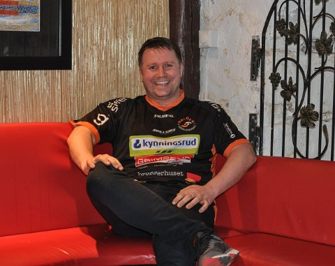 KAN SMILE; Jan-Rune Nilsen, leder i Halden Topphåndball, er glad for at klubben fra 1. juni kan justere permitteringene av sine ansatte.