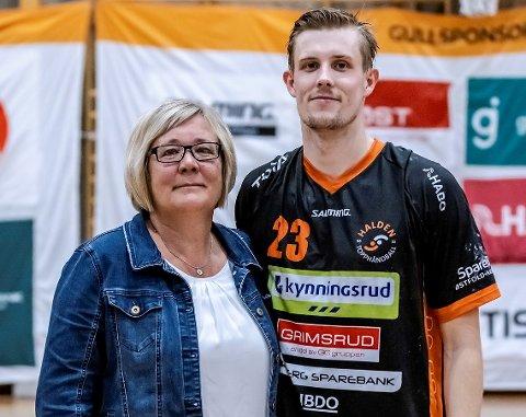 HOLDT LØFTET: Jonas Jensen hadde lovet mamma Line seier. Det så dårlig ut lenge, men en magisk andreomgang sikret ulvejubel.