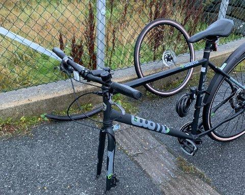 HÆRVERK: Sykkelen til Christines sønn ble løsnet. Sykkelselger Reidar Størkersen forteller at problemet ikke er nytt.