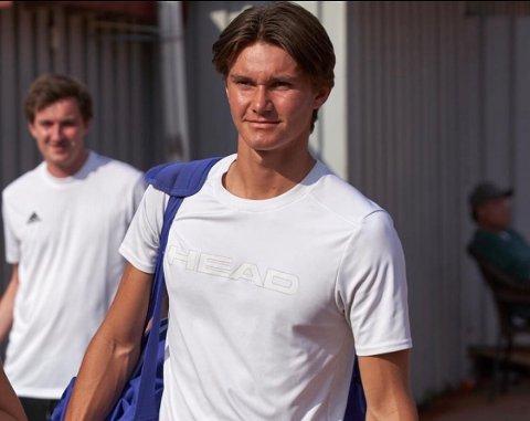UTLANDET: Jonathan Berling skal til USA for å spille tennis og studere.