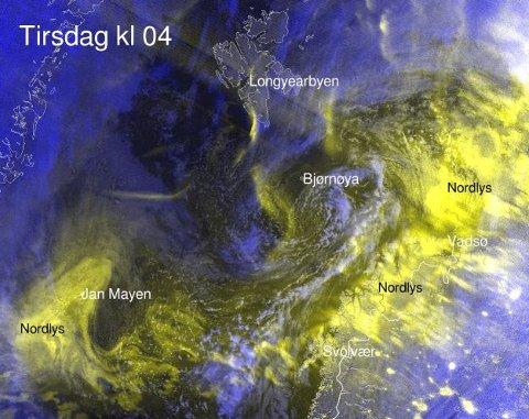 NORDLYS-VARSEL: Gode sjanser for nordlysbilder også natt til onsdag, melder meteorologene.