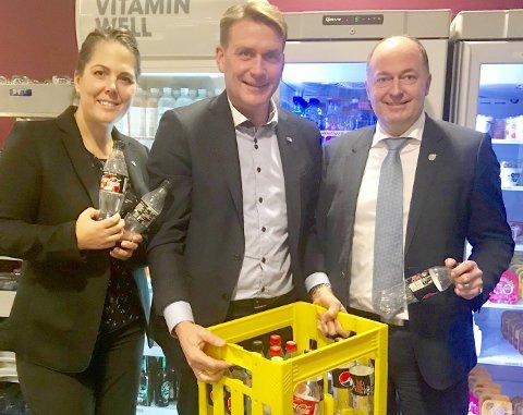 Godt fornøyd: Fra venstre: Lene Westgaard, Kårstein Eidem Løvaas og Morten Stordalen.