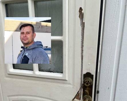 MÅ VENTE: Anders Møller i Møller Eiendom leier ut til mannen som i helgen brukte motorsag på naboleiligheten. Han får ikke kastet ut leieboeren, og må pent finne seg i å vente til lagmannsretten har bestemt seg. I det innfelte bildet er utgangsdøra som ble ødelagt.