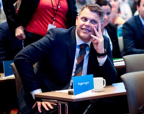 VERGEMÅL: Justisminister Jøran Kallmyr (Frp) sier at vergemål skal være noe man påtvinges mot sin vilje.