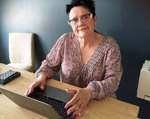 – Nå virker maskinen igjen, forteller Anne Grethe Knutsen. Hun synes det er viktig å få få fram at reparasjon ikke trenger å være så dyrt.