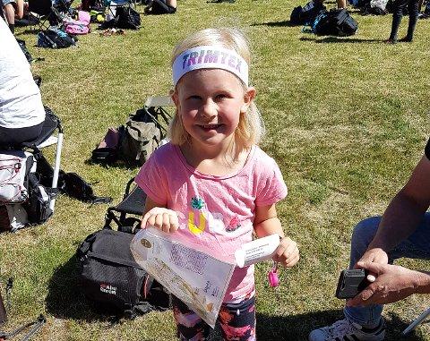 FIKK MEDALJE:Elida-Sofie Kopperud (6 år) løp inn til medalje i varmen.