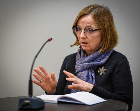 Fra 1. september blir Siri Tau Ursin administrerende direktør i Finnmarkssykehuset. Hun har sagt opp sin jobb som enhetsdirektør for prehospitale tjenester i Helgelandssykehuset.