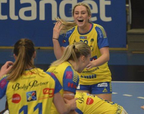 Gode: Mia Svele og Storhamar spilte svært bra i første finalekamp mot Vipers Kristiansand. Det endte med et bitter tap, og tirsdag spilles andre finalekamp på Hamar.