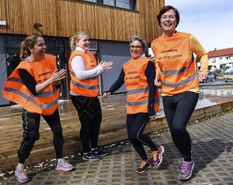 LIVSVIKTIG LØP: Else Ragnhild Bockmann (fra venstre), Mari Brusletten, Marit Olsen og Mette Nordbø i arrangementskomiteen håper at mange vil delta på «Løp for livet» i Schjongslunden onsdag 4. mai.