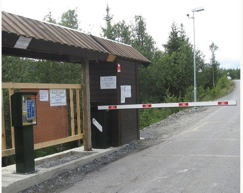 Gir inntekter: Bommen Hedalen-Nes gir inntekter til vedlikehold og oppristning av vegen.