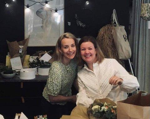 Då Kaisa Sofie Eikehaug Kaupang starta Lyng Blomster, var ho åleine. Sidan har Benedichte Rossland kome inn som medeigar, og torsdag feira dei eittårsdagen til butikken.