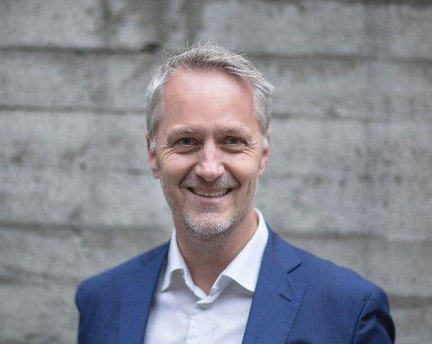 TENOLOGISK: Anders H. Lier er impact investor, og bruker all tid på å investere i tech-selskaper som har som formål om å gjøre noe godt for verden. Han tror mange av verdens problemer de kommende årene kan løses med teknologi.