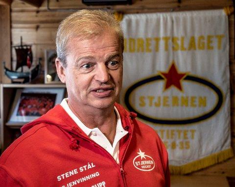 TØFF JOBB: Bengt Åke Gustavsson leder tirsdag Stjernen for første gang i eliteserien. Ekspertene tror han får en tøff jobb denne sesongen.