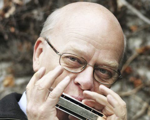 TIL HAMAR: Sigmund Groven byr på en stemningsfull konsert på Hamar.