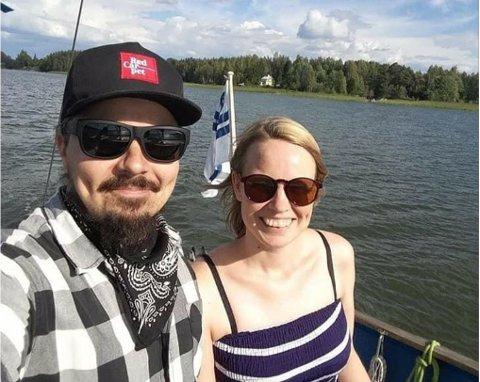 FLYTTER: Katri og Mauno Oikarinen fra Finland skal bo i Bugøynes i tre måneder.