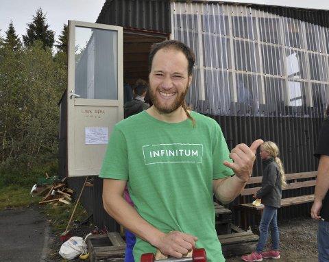 Glad: - Det gir en god følelse i sjelen å skape noe for andre, sier Markus Wegge.Alle foto: Kristian Rothli