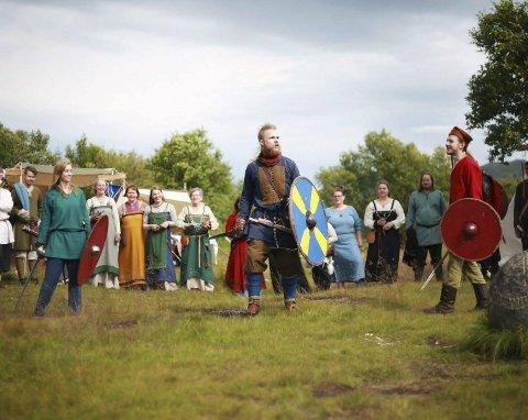 Vikingfestival: I år går Vikingfestivalen av stabelen 3. august, og holder det gående til 7. august. Festivalkoordinator Henrik Høia kan love et spennende program. Foto: Karianne Kaas