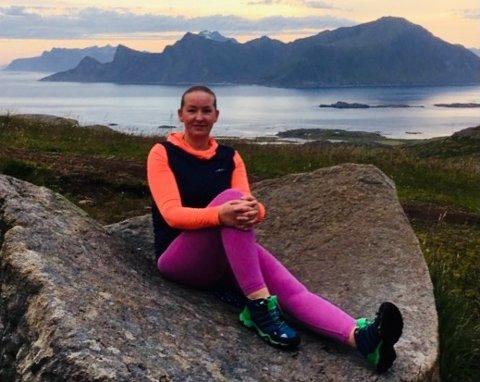Ann Kristin Hansen jobber i hjemmetjenesten i Flakstad.
