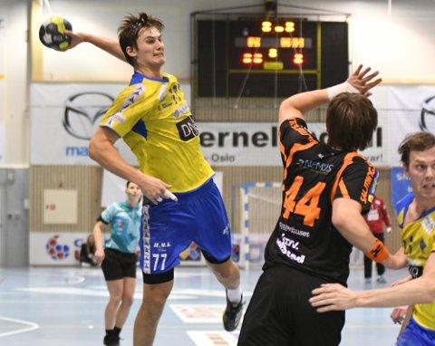 STORSCORER: Magnus Abelvik Rød er nok Bækkelagets største skuddtrussel bak fra, og mot Halden banket han inn syv mål på åtte forsøk.