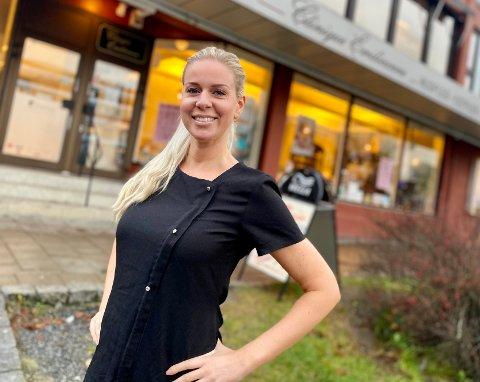 NY I SENTRUM: Jette Herlung har nettopp tatt over driften av Clinique Emilieanne i Ski sentrum. 35-åringen har tidligere jobbet ved ulike spa og hudpleieklinikker i Oslo.