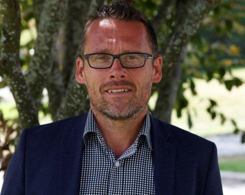 FØLGER OPP: Kommunalsjef for oppvekst og læring i Nordre Follo kommune, Sten Tore Svennes, mener å ha kontroll på de barna som trenger det mest i den krevende tiden vi er i.