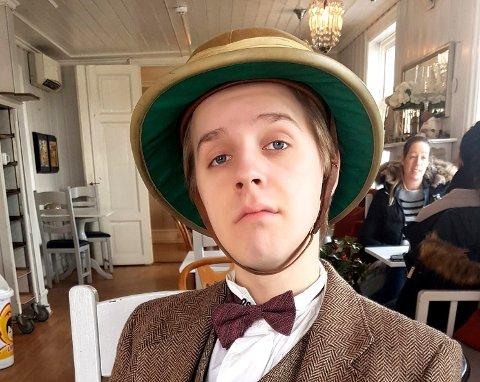 Andreas Molvig, alias Phileas Fogg i «Jorden rundt på 80 dager», drømmer om å bli skuespiller på heltid.