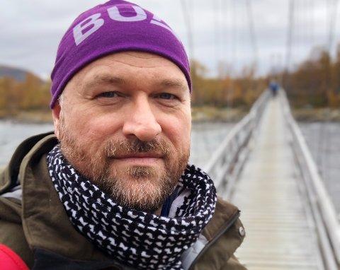 Lars Lauritzen, daglig leder i Frivilligsentralen i Alstahaug og styreleder i Nesna frivilligsentral, har opprettet facebookgruppen #dugnadfornesna.