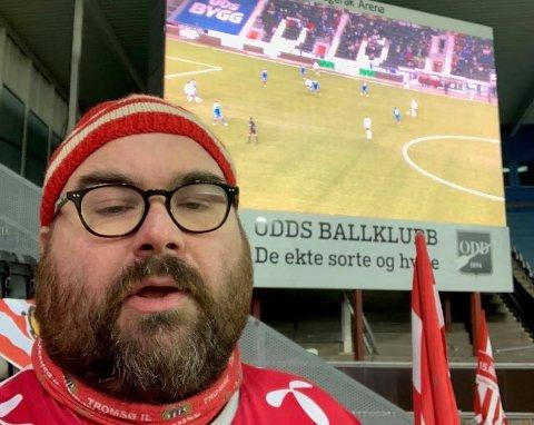Ranværingen Marius Helgå med bosted i Oslo, er ofte å se på Tromsø IL sine bortekamper på Østlandet. Han er i ekstase over at det igjen er lov med bortesupportere.