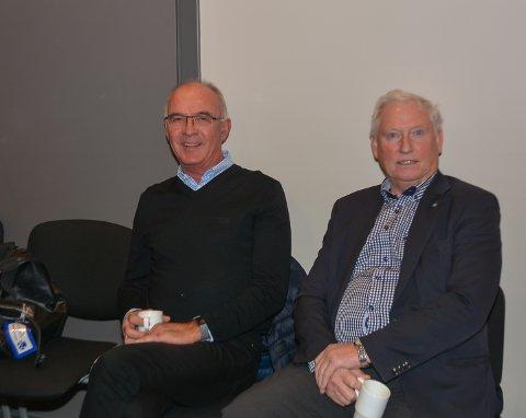 Olav Buråas fra Hemnes Vel og Arild Hansen fra Lyseren Samarbeidsutvalg fulgte spent med på debatten om hyttefolkets søppelcontainere og sa seg fornøyd med resultatet.