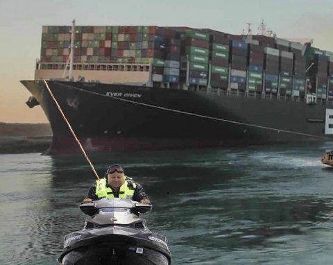 REDNINGSMANN: Bård Hoksrud fremstår som redningsmann i Suezkanalen i dette bildet på Instragram-kontoen til komikeren Espen P. A. Lervaag.