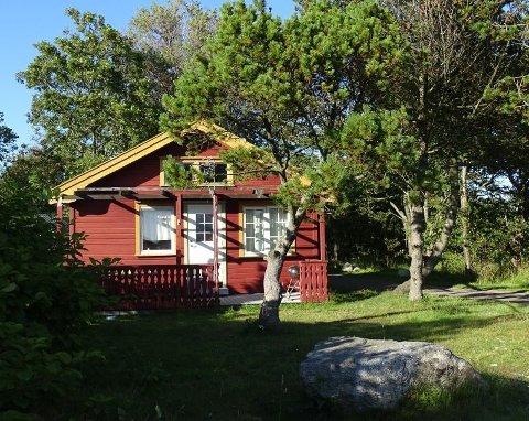 HYTTER: – Skulle jeg drevet videre, ville jeg nok satset hardere på hytter og markedsført dette mer, sier eier av campingplassen, Frits Maslø Hansen.