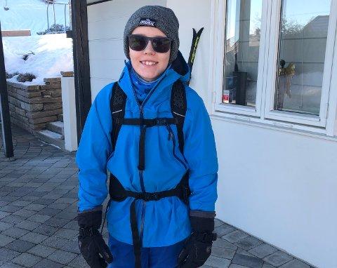 UKULTUR: Jonas Helgemo Næss (12) mener det er en annen kultur i Vestfold-skiløypene enn på fjellet. Han savner at folk hilser, smiler og er høflige med hverandre.