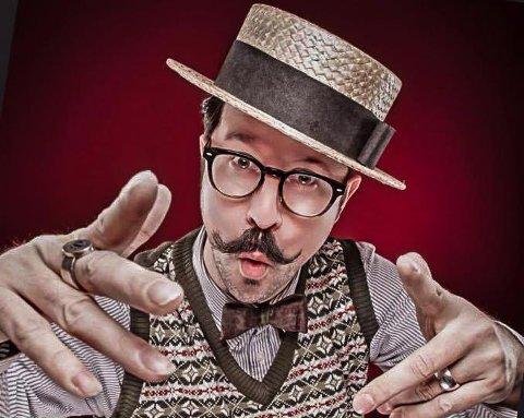 Mr B: The Gentlemen Rhymer kommer til byen og Tweed Run. Jim Burke er en mann bak Chap-hop.
