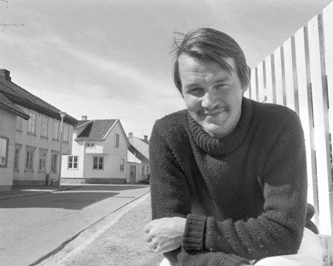 TURBULENTE ÅR: Forfatter Axel Jensen bodde flere år i Fredrikstad. Daglif leder Roy Conradi Andersen ved Litteraturhuset forteller at det allerede er solgt uvanlig mange billetter.