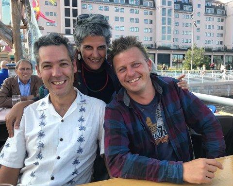 Fabien Greenberg, Firouzeh Khosrovani og Bård Kjøge Rønning bak filmen «Radiograph of a Family».