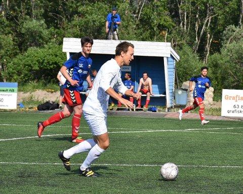 Aurskog-Høland FK har hatt utfordringer med å score på straffespark i årets sesong. Mandag var Mathias Hoftvedt sikker da han sørget for 2-0 på straffespark. Arkivfoto: Trym Helbostad
