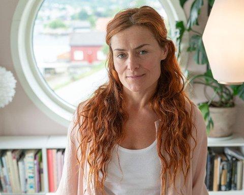 INTERIØR: Signe Schineller er interiørdesignar og har budd i Rosendal sidan 2011. Ved fleire høve har ho vist fram heimar frå Kvinnherad i dei mest populære interiørmagasina i Norge. (Foto: Tom Skelton).